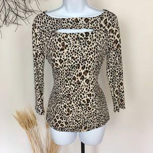 Leopard print CARMEN MARC VALVO. Small blouse.